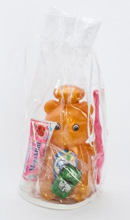 """Подарочный набор """"Медвежёнок"""" (шампунь + зубная паста + зубная щётка) машинка в ПОДАРОК!"""